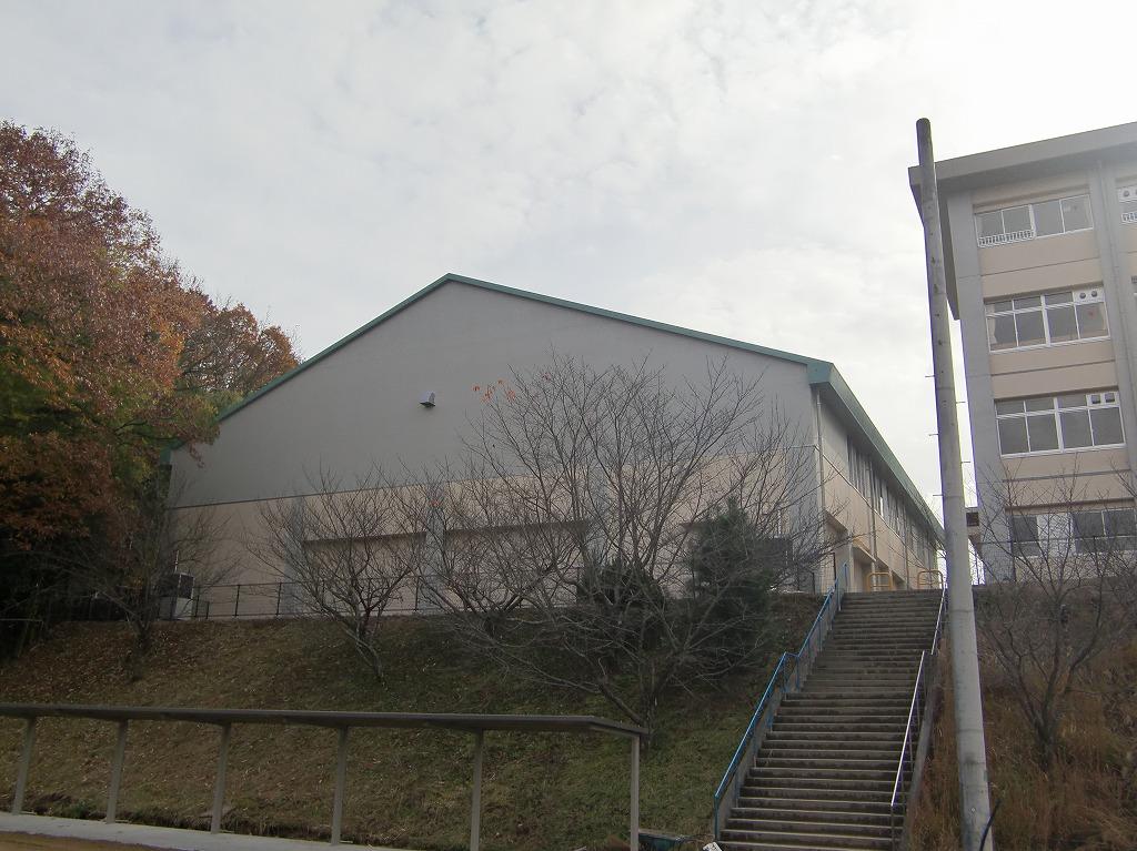 広島県立福山北特別支援学校移転整備に伴う体育館及び食堂棟改築電気設備工事